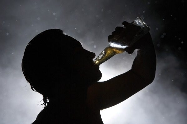 the effects of alcoholism to a persons behavior Alcoholism and family/marital problems but it can significantly disrupt a person's ability short and long term mental effects stages of alcoholism.