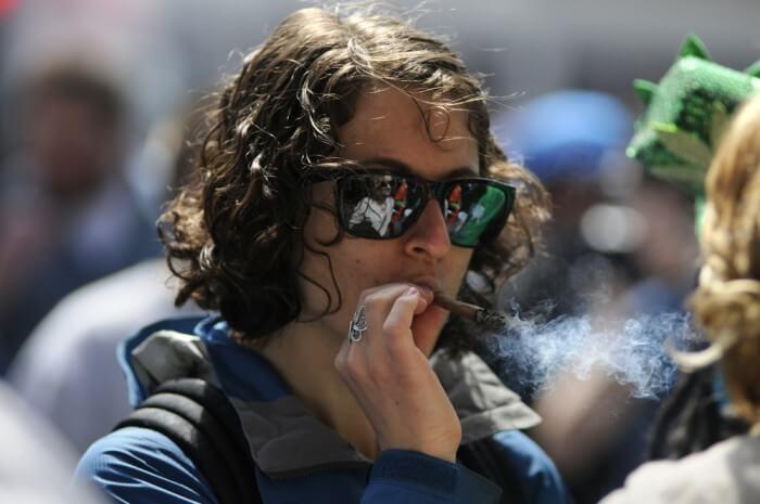 teen-smoking-marijuana